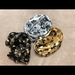 Fleur de Lis scarves